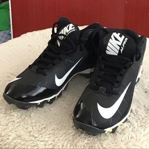 Nike football cleats NIB